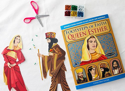 Articulated paper dolls of Queen Esther and King Xerxes